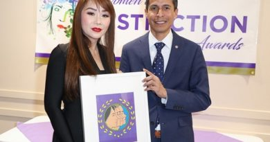 Dr. Sam Nguyen honored for community service during 2019 Women of Distinction Award presentation by Westminster Councilman Sergio Contreras